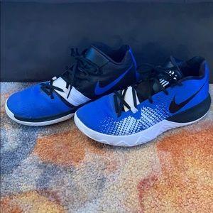 Nike men's basketball sneakers size 8.5